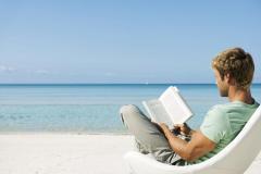 leggere-al-mare-