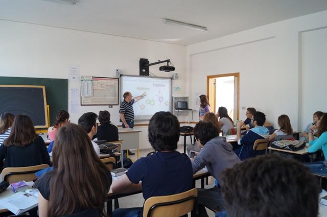 aula-attrezzata-multimediale-2_FESR-A2_2011
